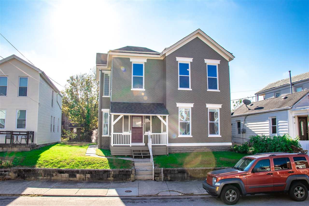428 4th Ave