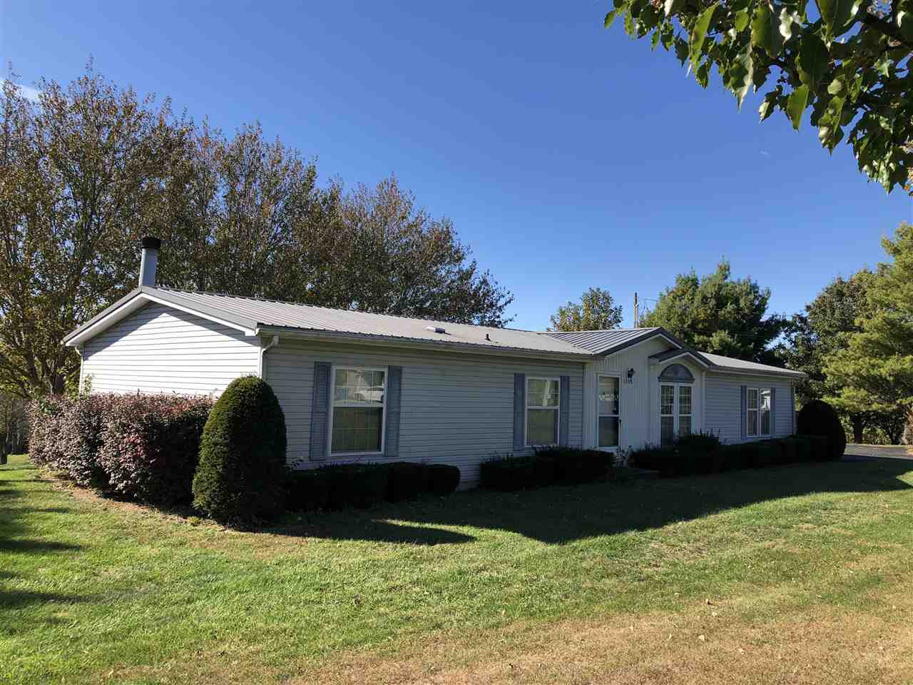 Photo 2 for 3505 Greenville Dr Dry Ridge, KY 41035