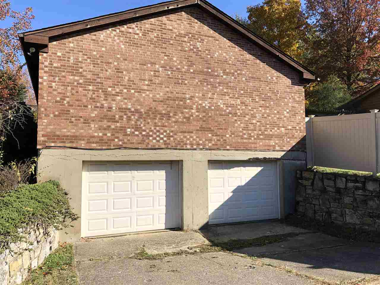 Photo 2 for 121 Burgess Ln Florence, KY 41042
