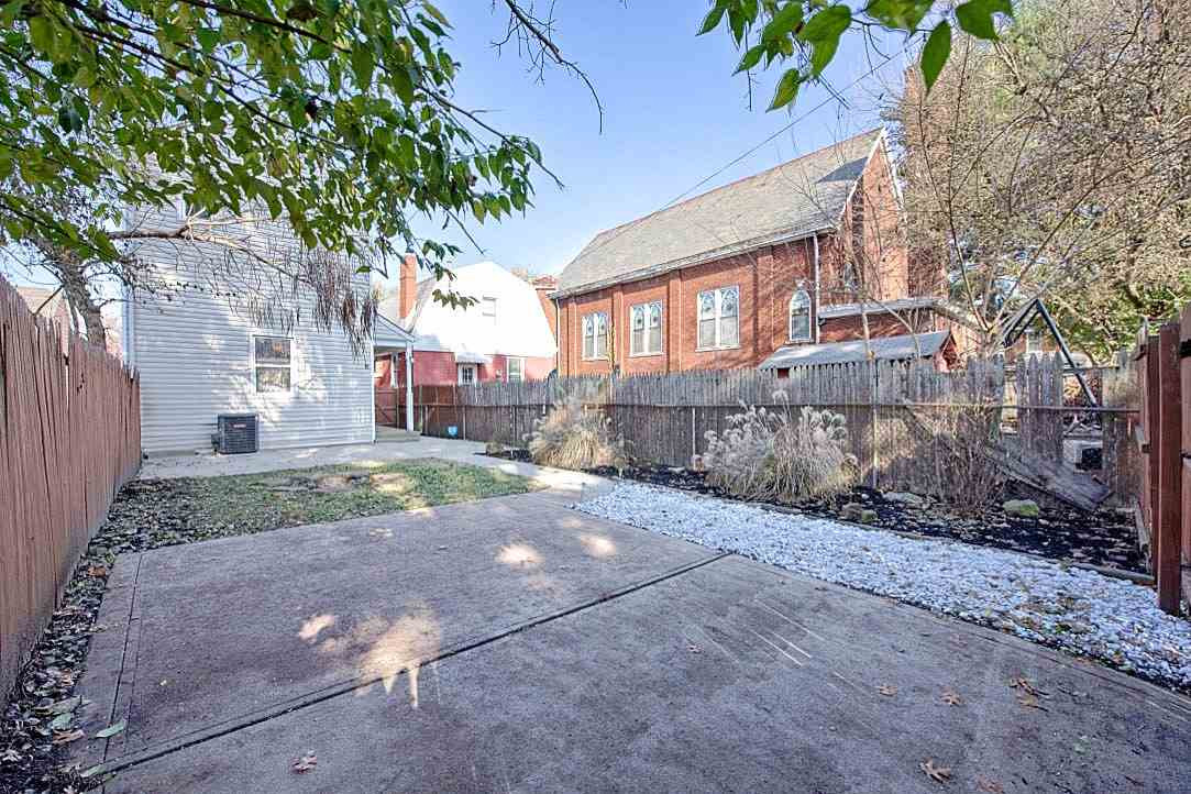 Photo 4 for 518 4th Ave Dayton, KY 41074