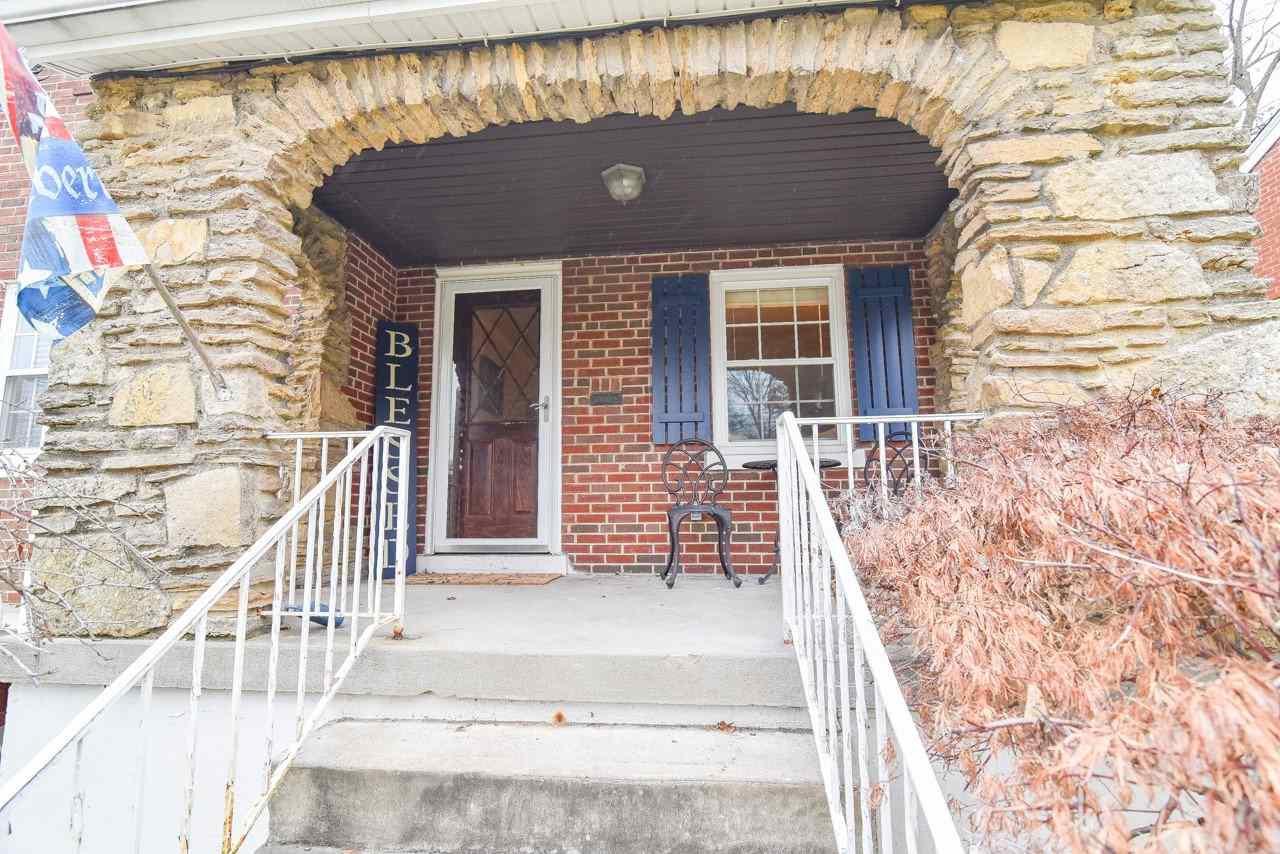 Photo 2 for 611 Saint Joseph Park Hills, KY 41011