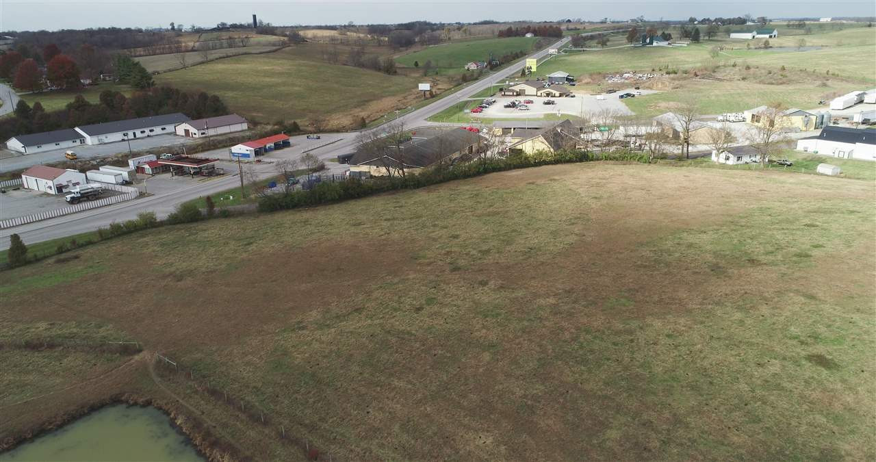 Photo 2 for 1582 Maysville Rd Flemingsburg, KY 41041