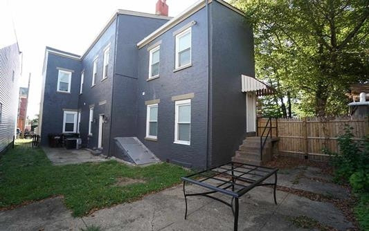 Photo 2 for 931 York St Newport, KY 41071