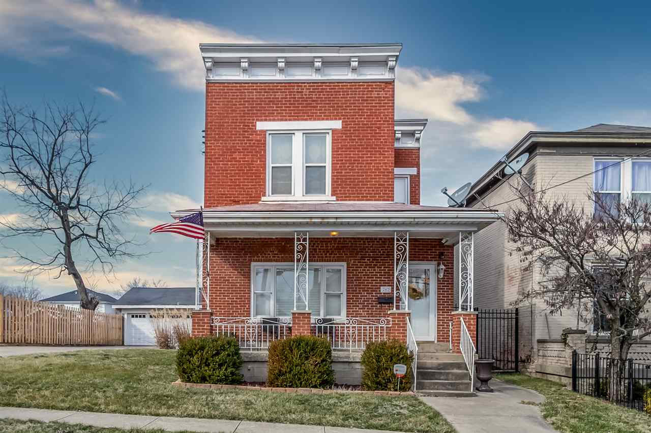 Photo 1 for 202 Main St Newport, KY 41076