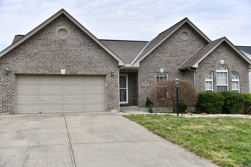 Photo 2 for 1084 Riverwalk Ct Hebron, KY 41048