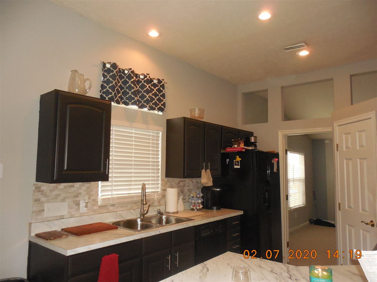 Photo 2 for 1517 Atlanta Ct Florence, KY 41042