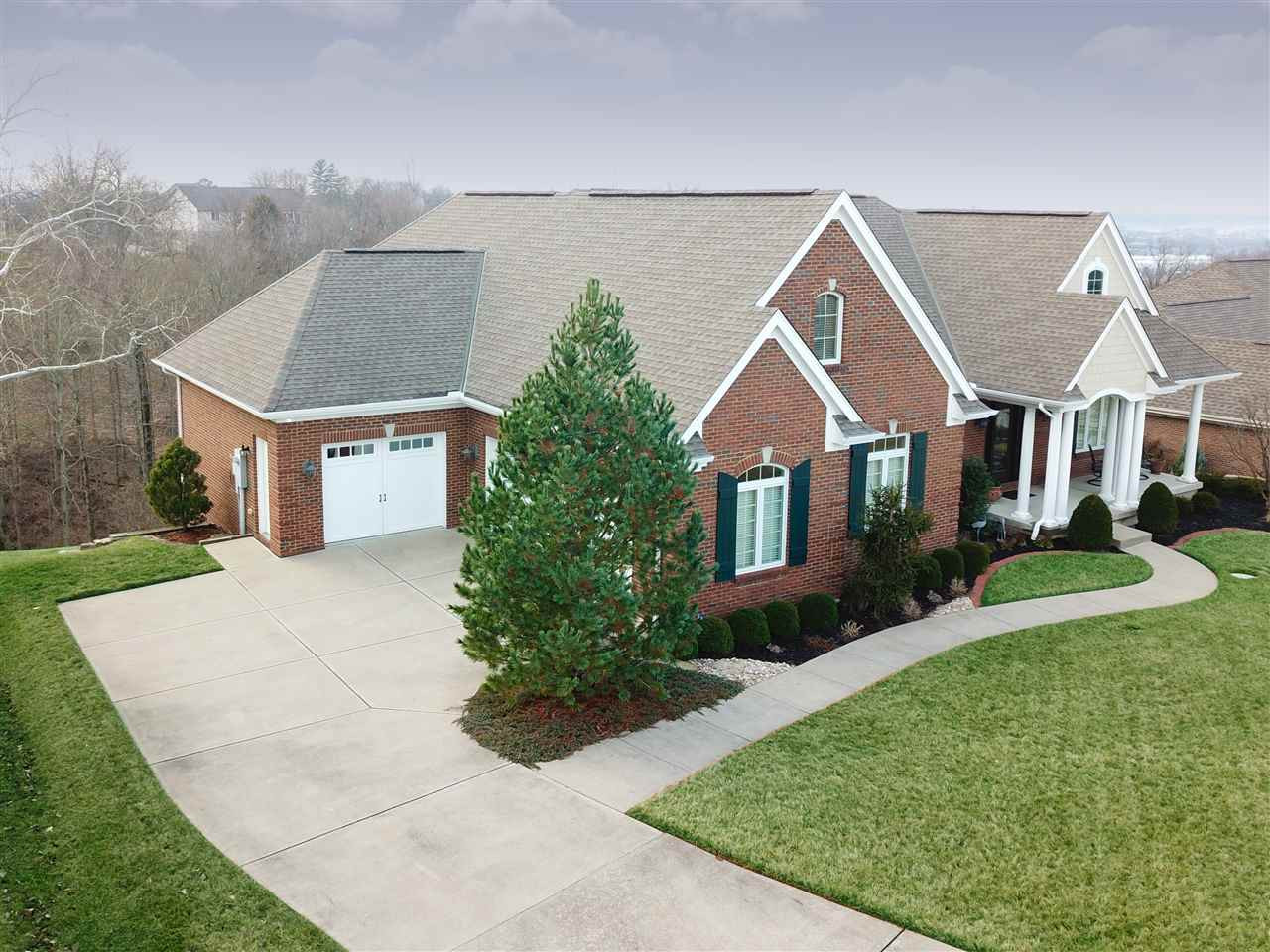 Photo 1 for 3 Queens View Ln Wilder, KY 41076
