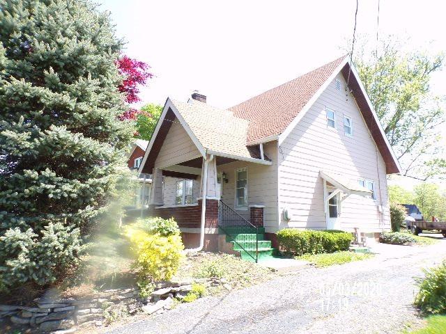 Photo 2 for 160 N Main Walton, KY 41094