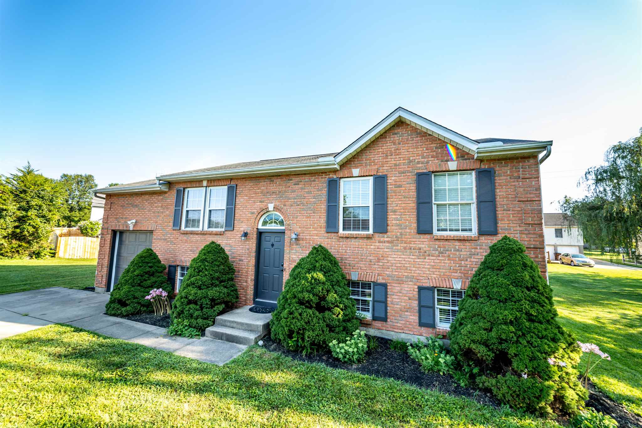 Photo 1 for 143 Meadow Creek Dr Florence, KY 41042