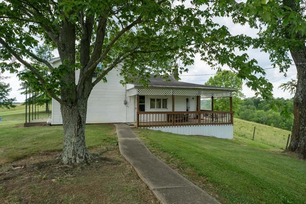 Photo 2 for 9555 Warsaw Rd Dry Ridge, KY 41035