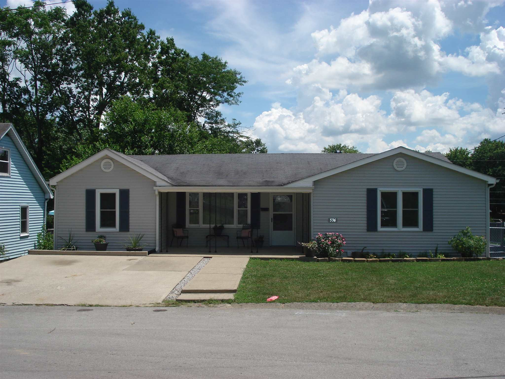 Photo 1 for 536 S Elmarch Ave Cynthiana, KY 41031