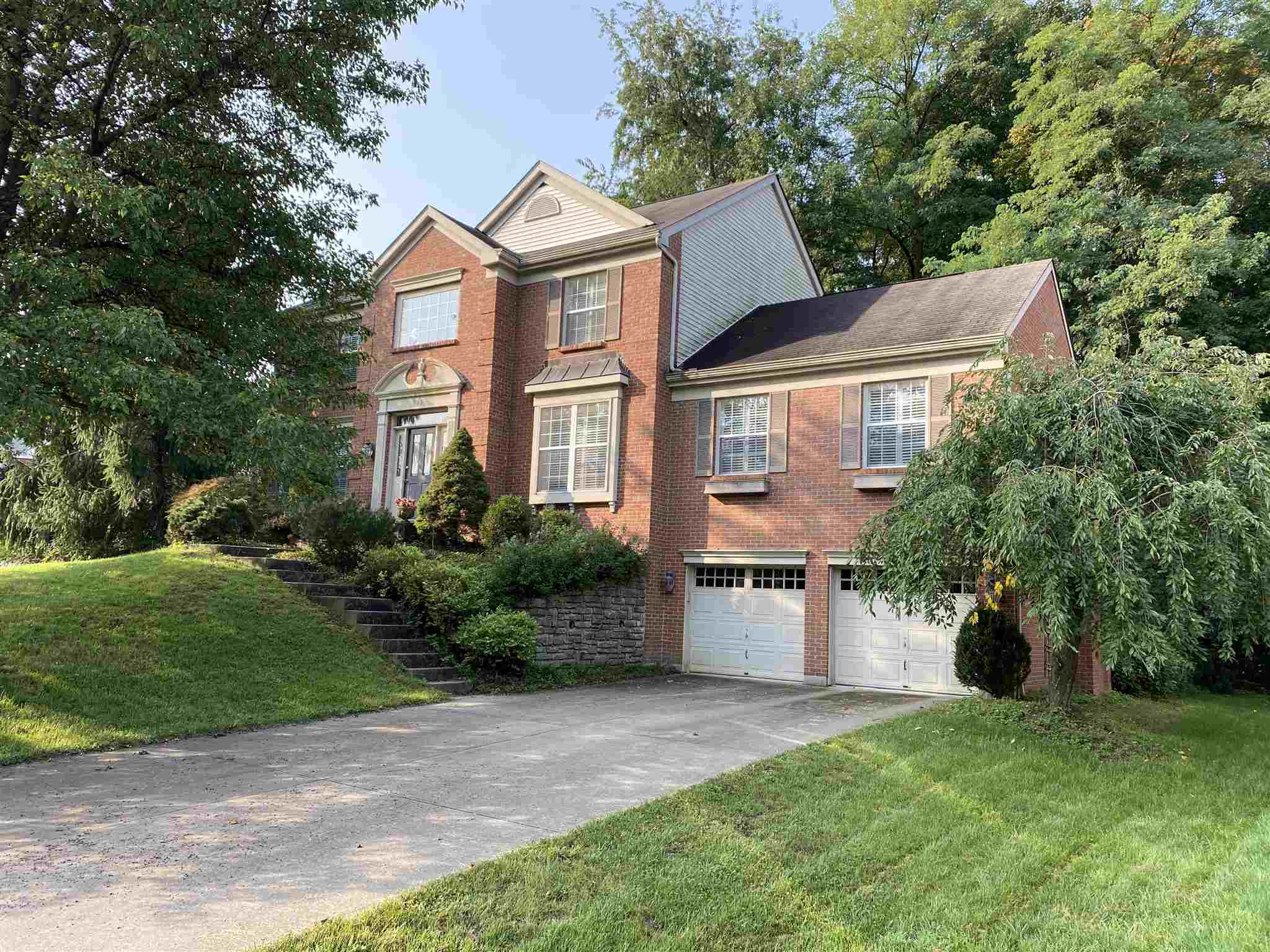 Photo 1 for 938 Riverwatch Dr Crescent Springs, KY 41017