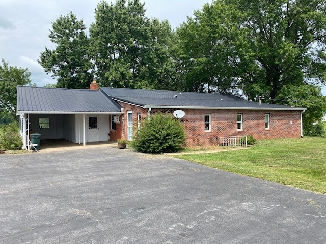 Photo 2 for 1240 Carpenter Rd. Wallingford, KY 41093