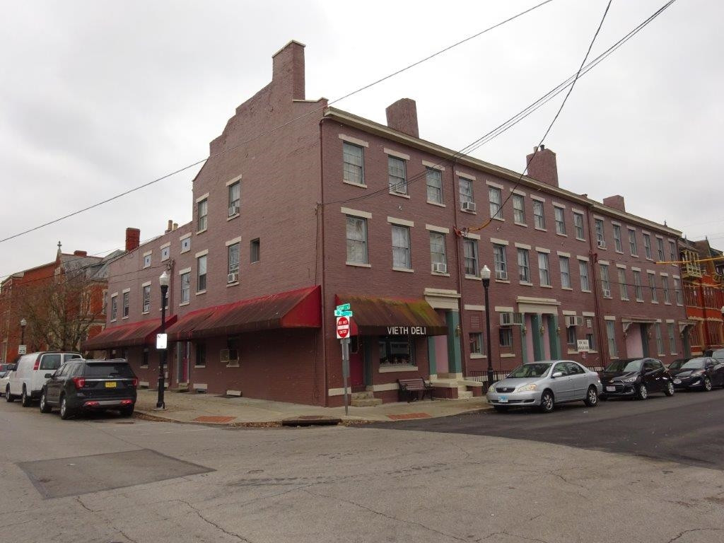 Photo 2 for 235 237 239 E 3rd Street Covington, KY 41011