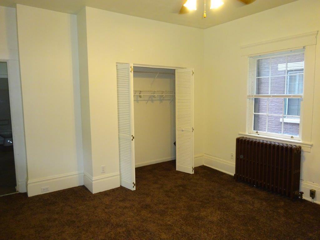 Photo 3 for 235 237 239 E 3rd Street Covington, KY 41011