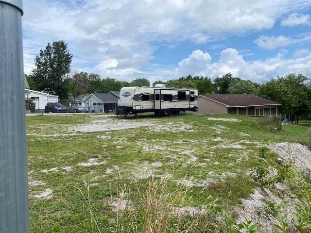 Photo 2 for 135 W Miami Brooksville, KY 41004