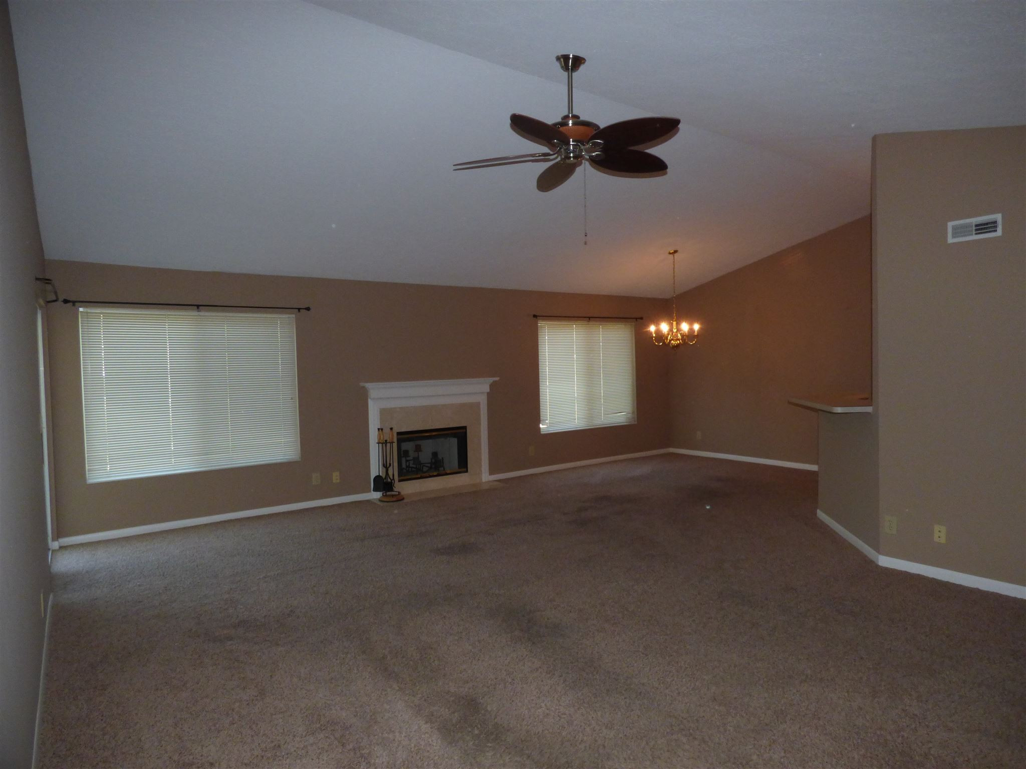 Photo 2 for 2126 Carrick #301 Crescent Springs, KY 41017