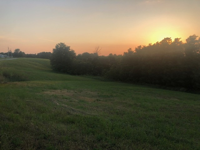 Photo 3 for 2.75 acres Kerns Lane Jonesville, KY 41052