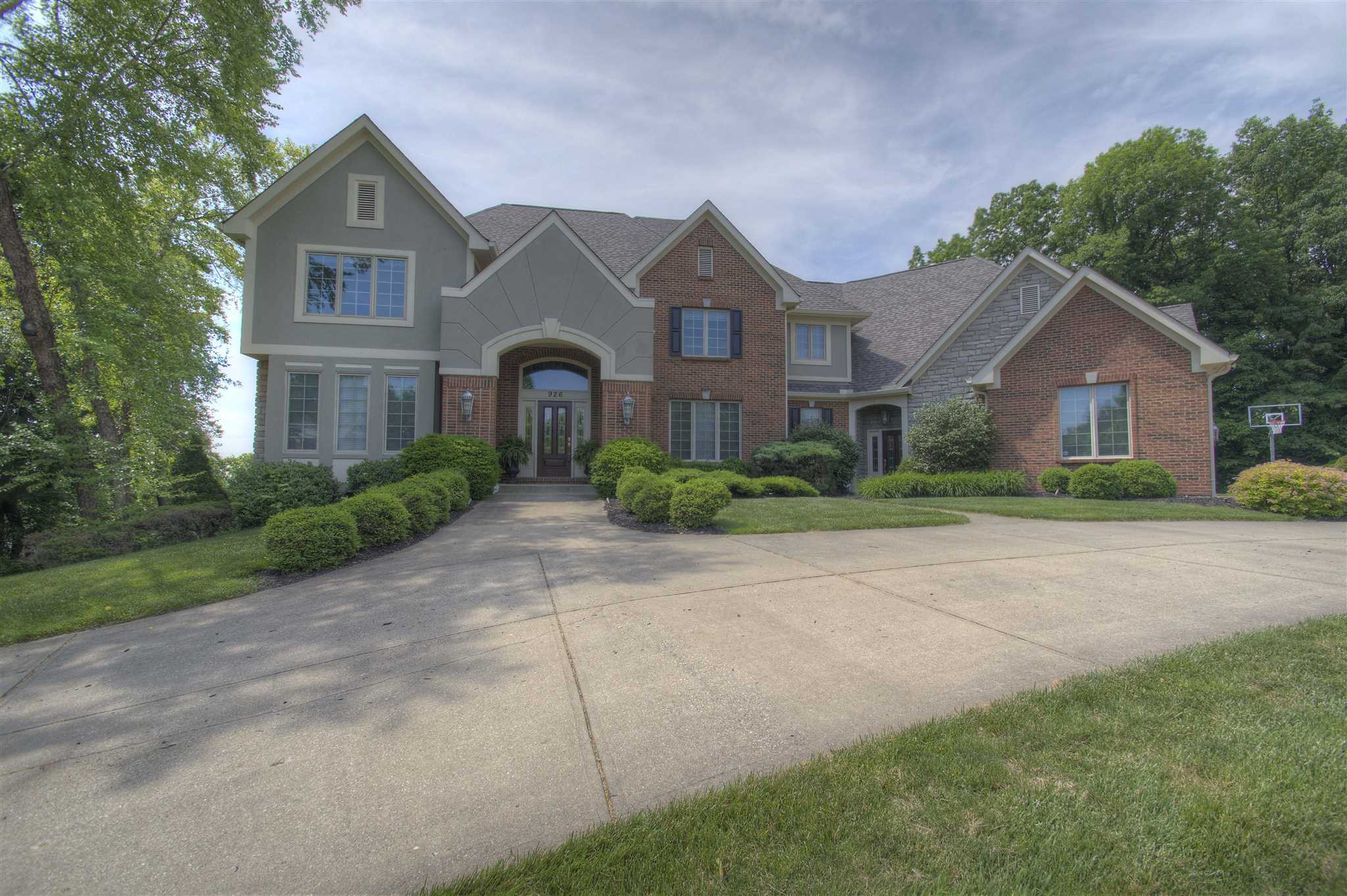 926 Riverwatch Drive Crescent Springs, KY