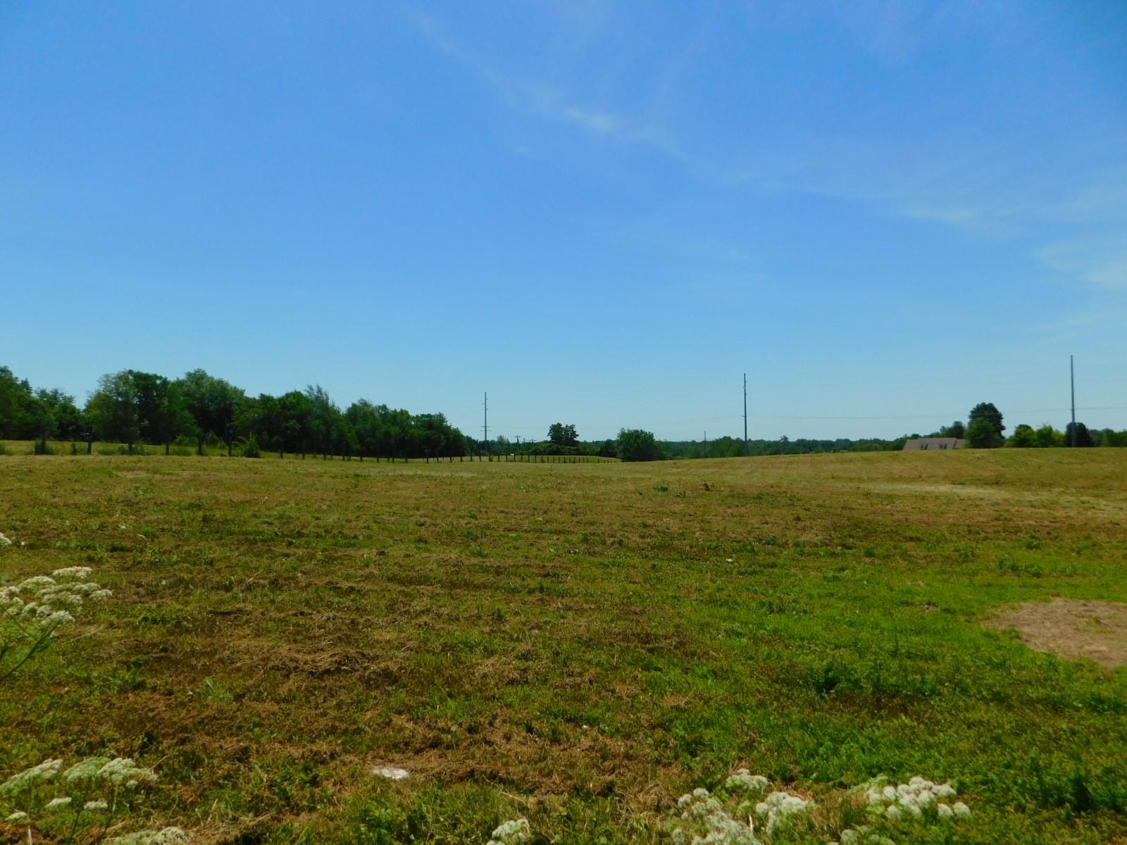 Photo 2 for 375 Morris Clark Road Waddy, KY 40065