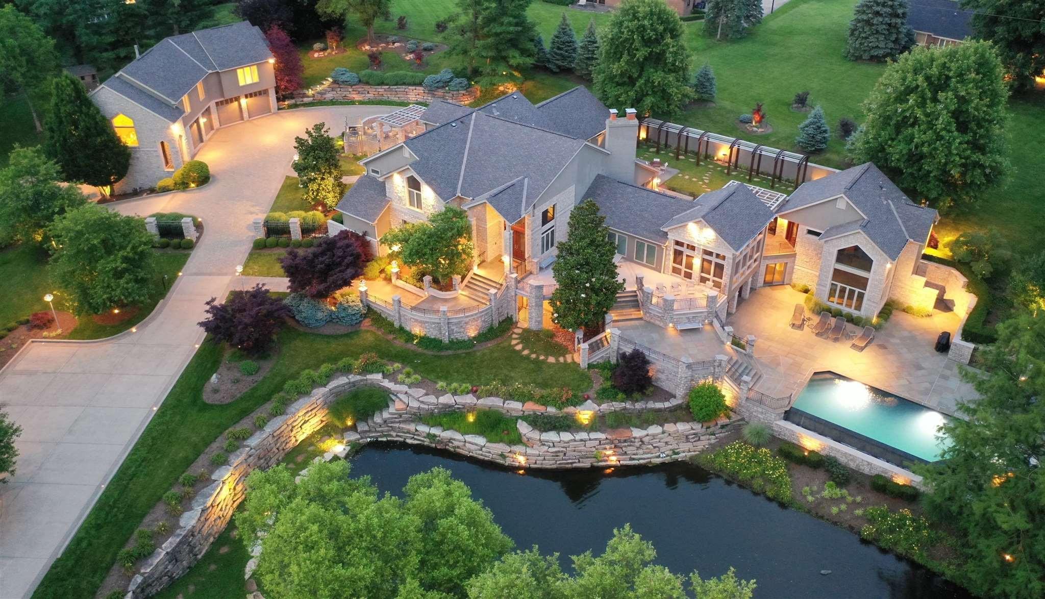 875 Squire Oaks Villa Hills, KY