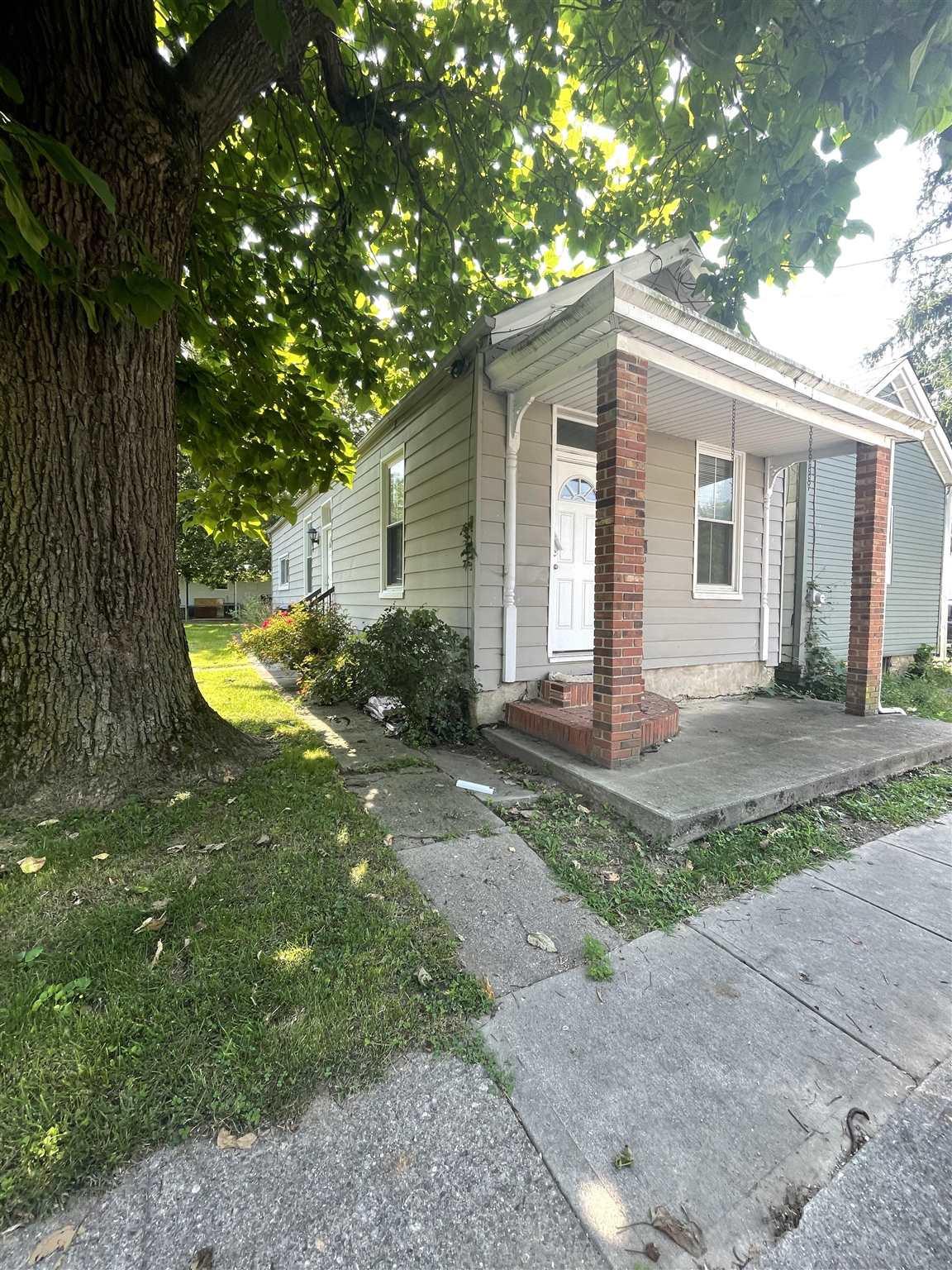 103 Short Street