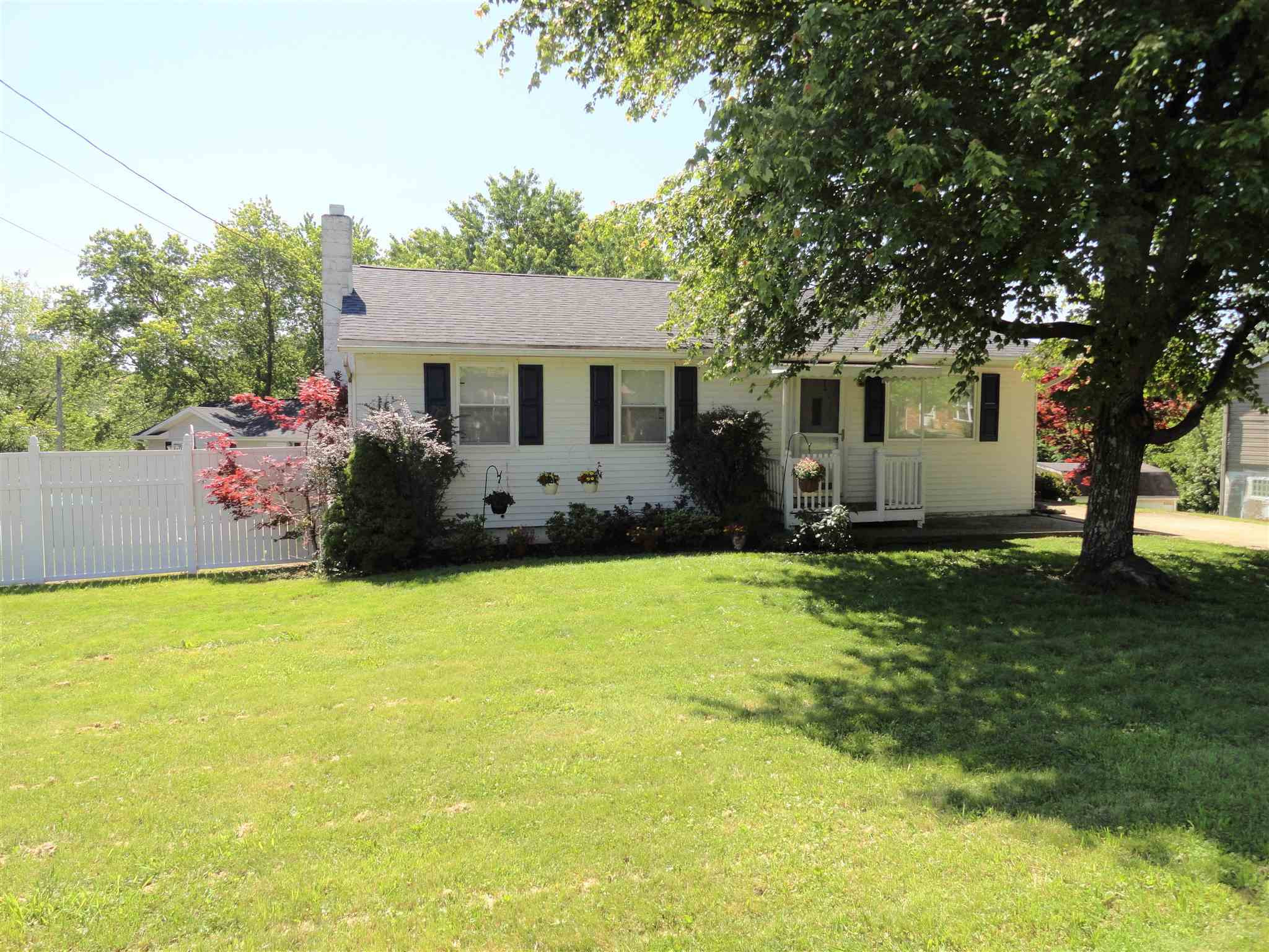 10 Lakeview Drive Williamstown, KY