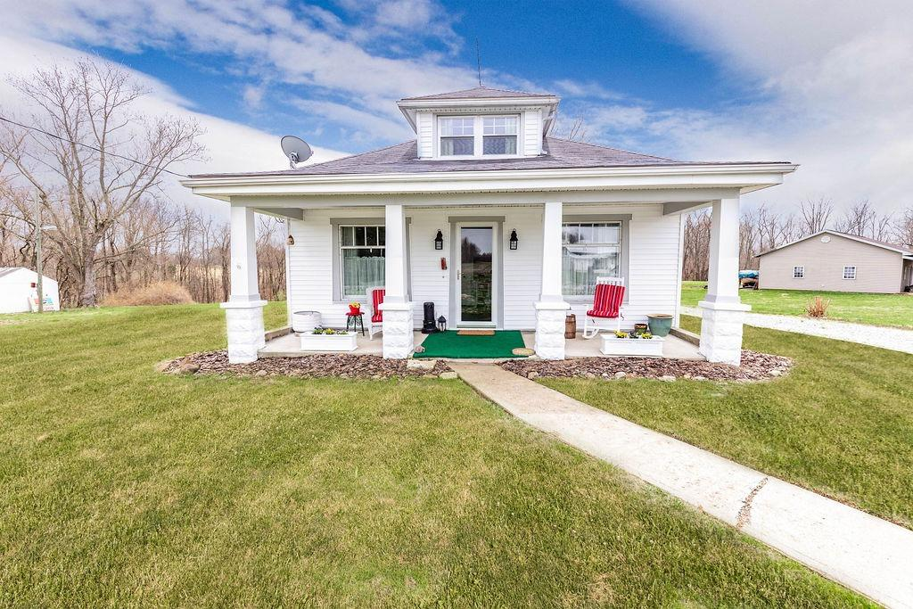 14995 Wood St Moores Hill, IN