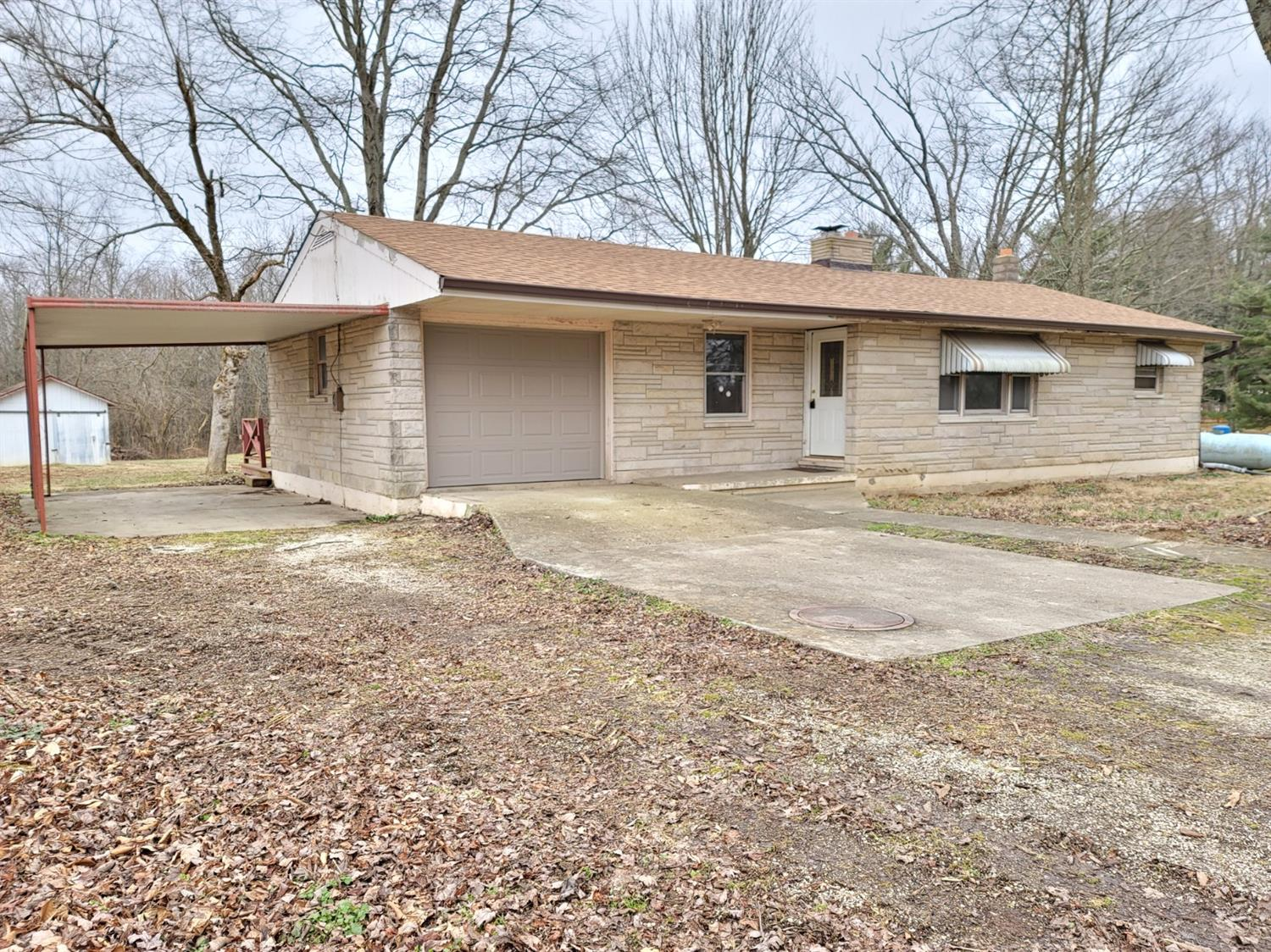 15444 W W County Line Rd Moores Hill, IN