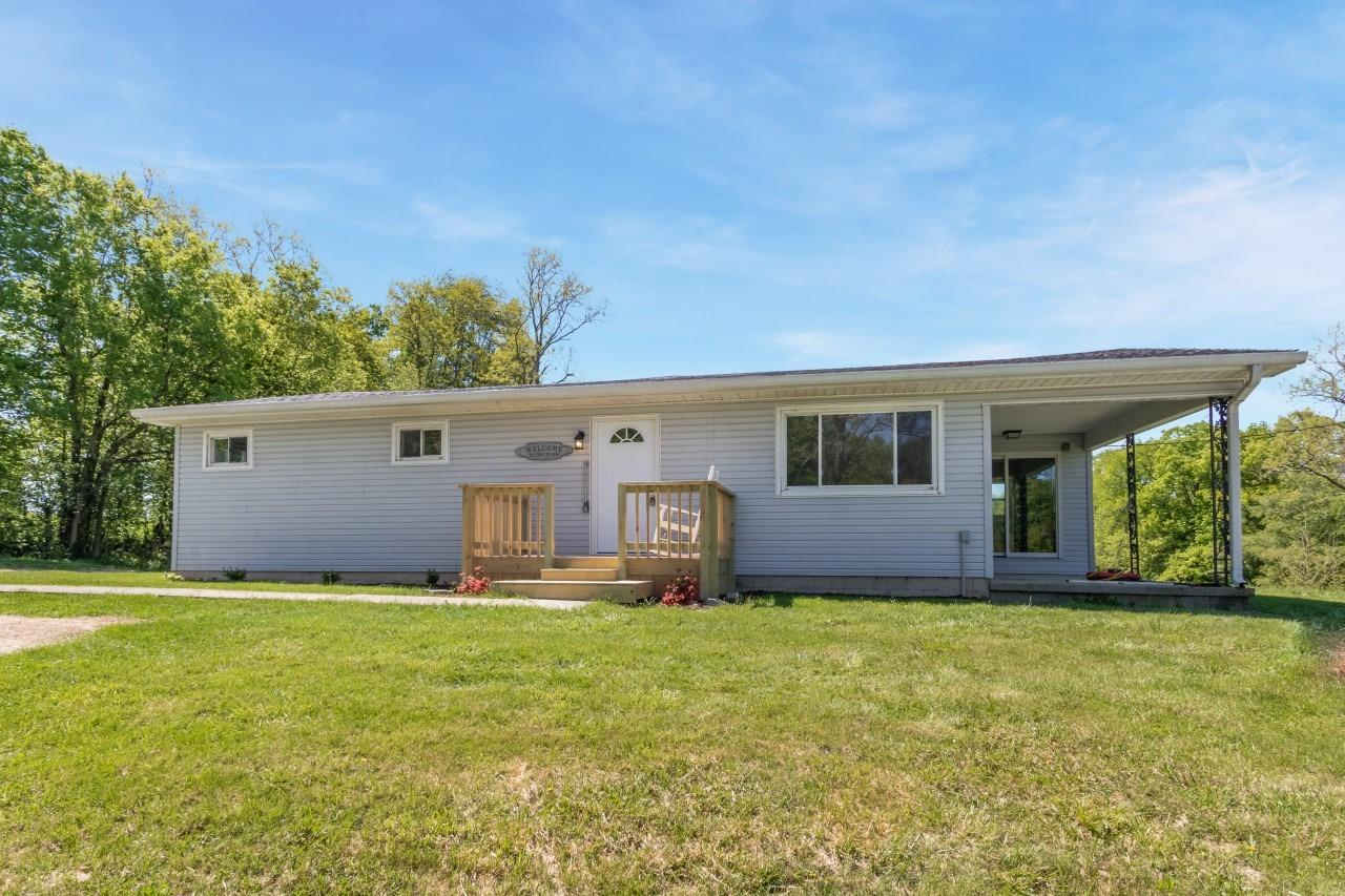 1998 E County Rd 900 S Cross Plains, IN