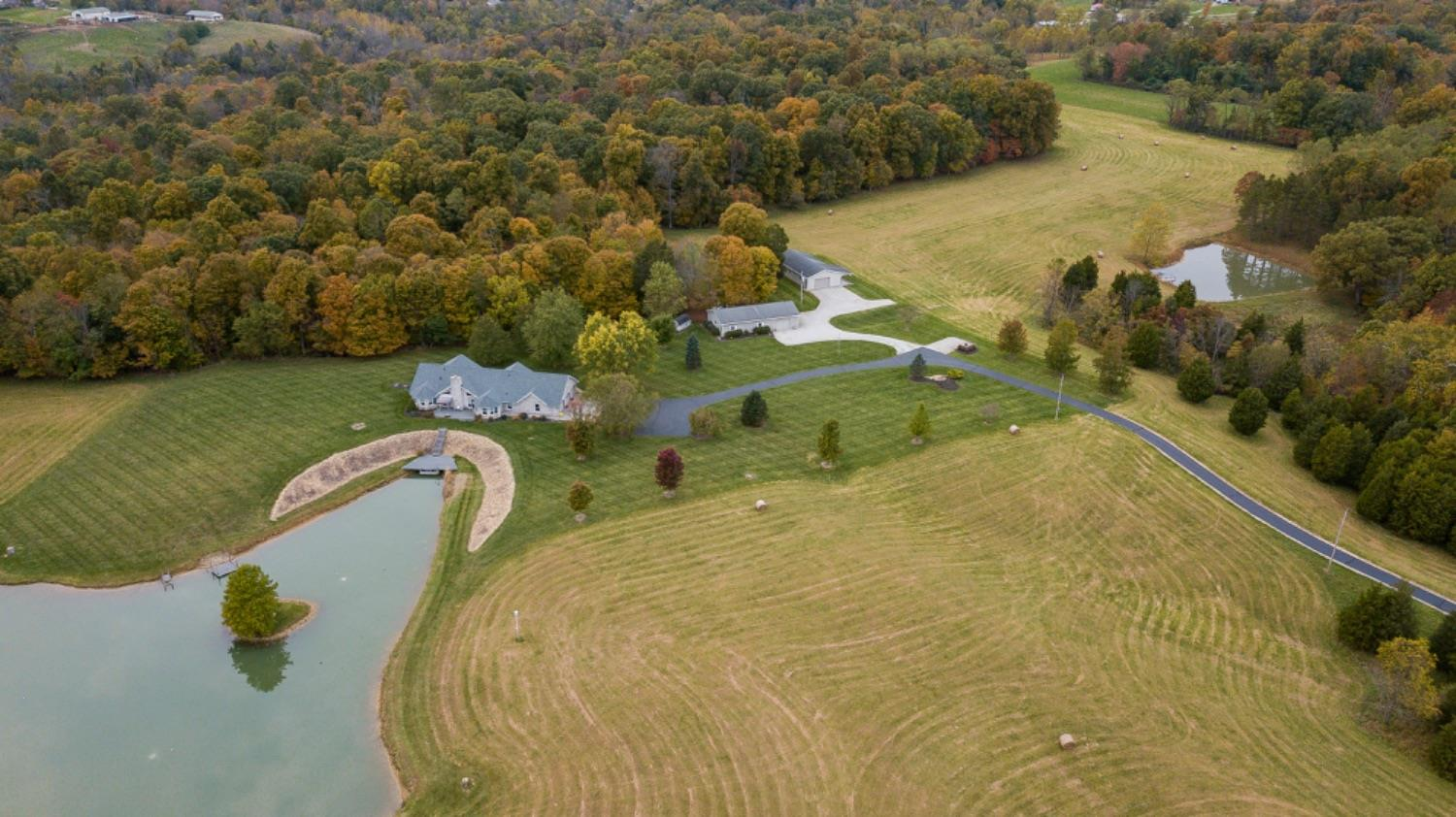 13051 Cold Springs Rd Moores Hill, IN