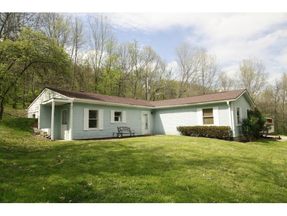 real estate photo 1 for 7216 E LAUGHERY CREEK RD AURORA, IN 47001