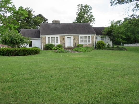 real estate photo 1 for 13338 SUNSET DR DILLSBORO, IN 47018