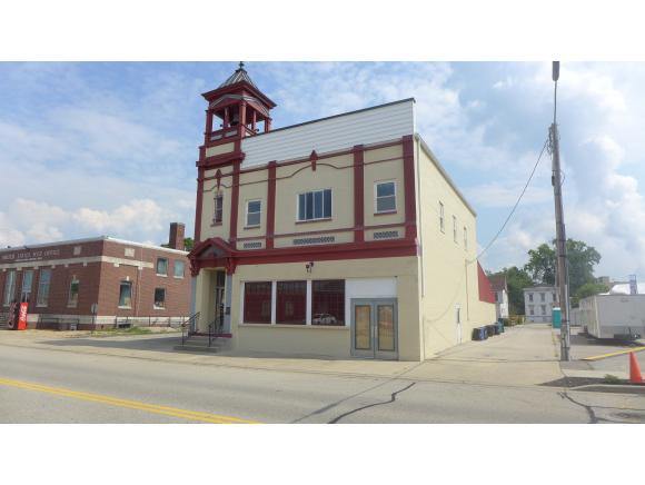 real estate photo 1 for 124 SHORT ST LAWRENCEBURG, IN 47025