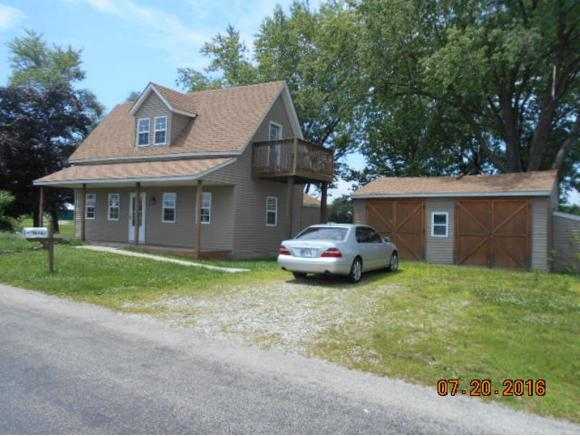 real estate photo 1 for 1707 COUNTY LINE RD MOORES HILL, IN 47032