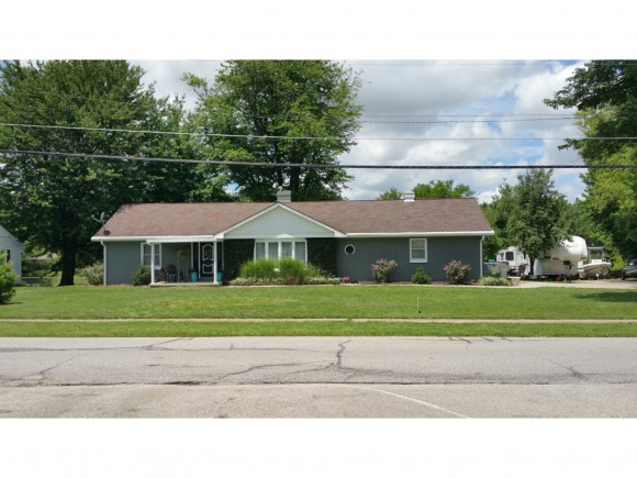 real estate photo 1 for 543 S TANGLEWOOD RD VERSAILLES, IN 47042
