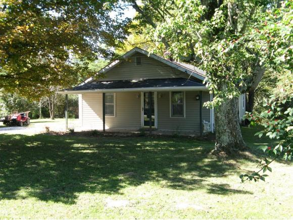real estate photo 1 for 2365 PRIEST RD LAWRENCEBURG, IN 47025