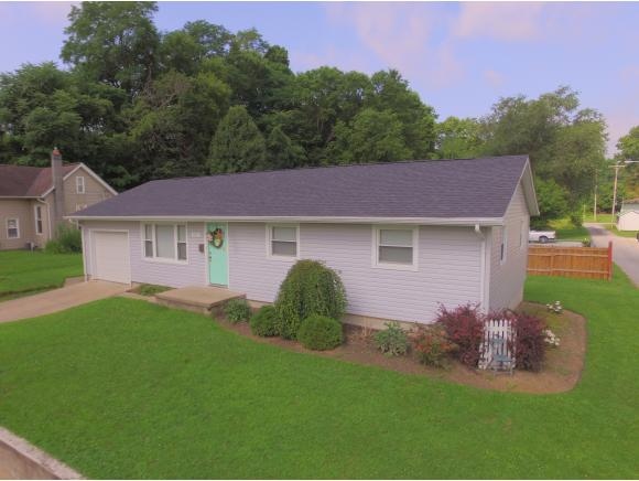 real estate photo 1 for 325 MILL ST BROOKVILLE, IN 47012