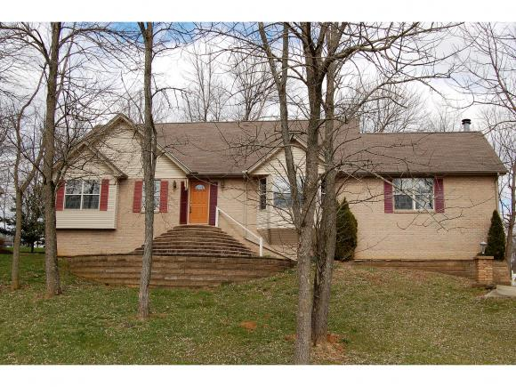 real estate photo 1 for 1726 LIEBCHEN CT LAWRENCEBURG, IN 47025