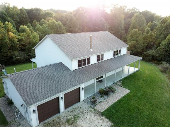 real estate photo 1 for 22106 BEACON RD METAMORA, IN 47030