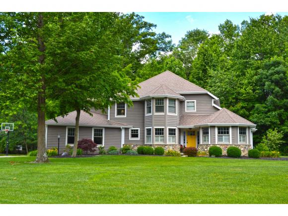 real estate photo 1 for 143 BROOK DR BATESVILLE, IN 47006