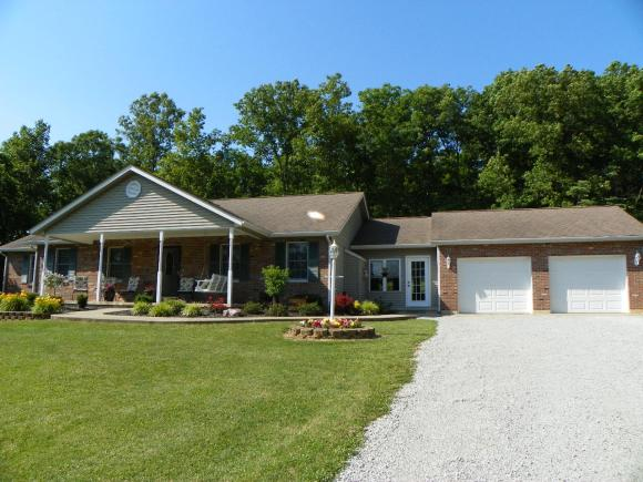 21171 WHISTLE CREEK RD METAMORA, IN