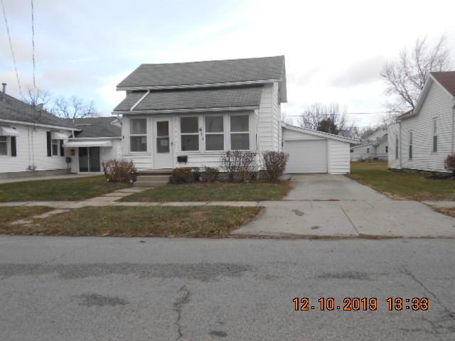 611 Leeson Ave