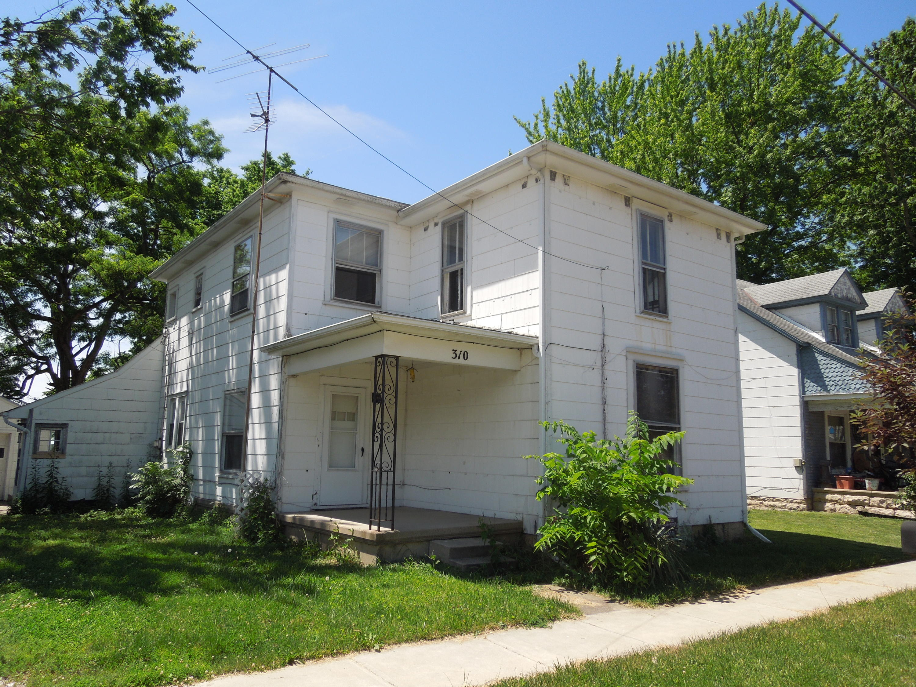 310 N Main St Pleasant Hill, OH