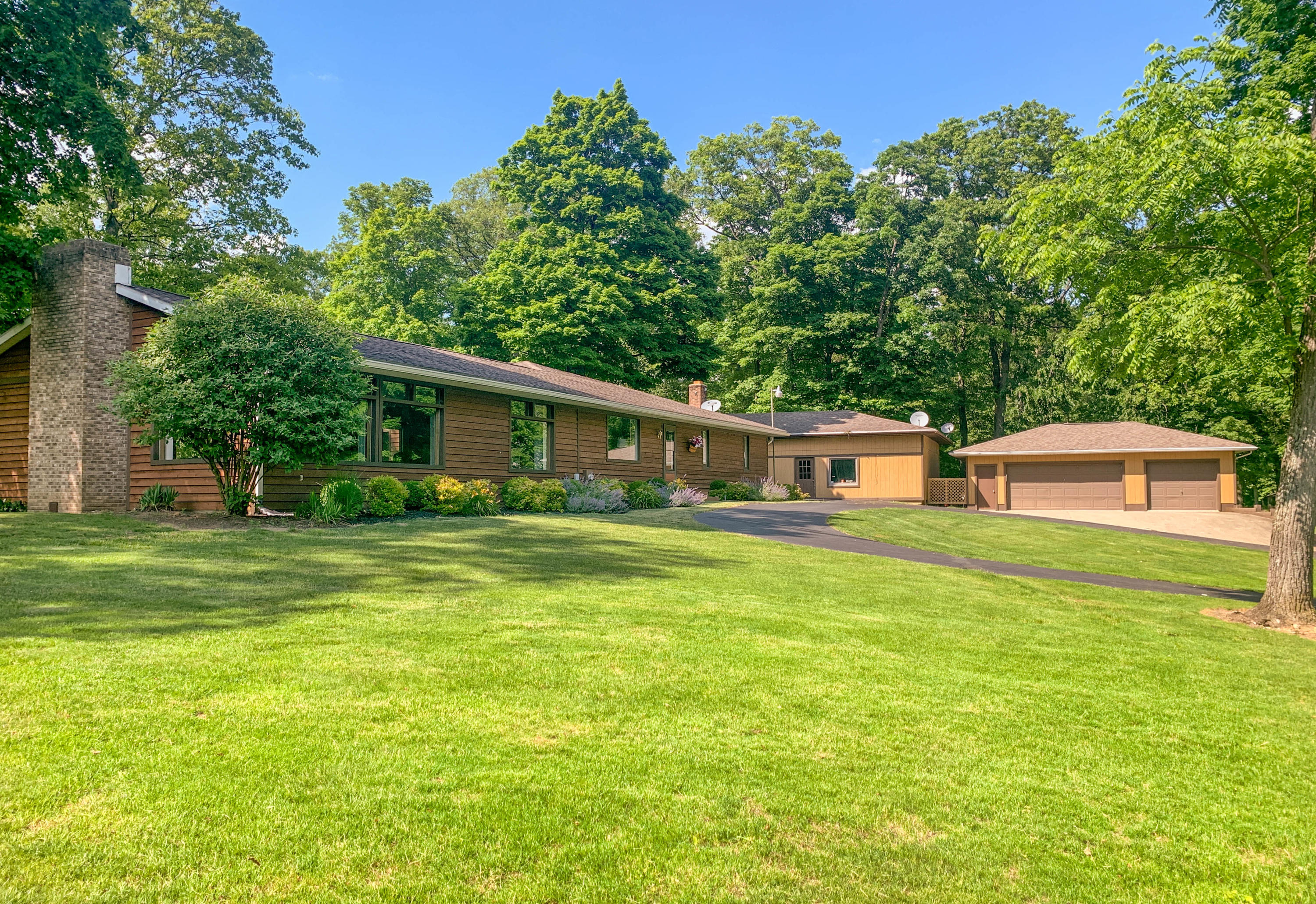4904 Swisher Rd Cable, OH