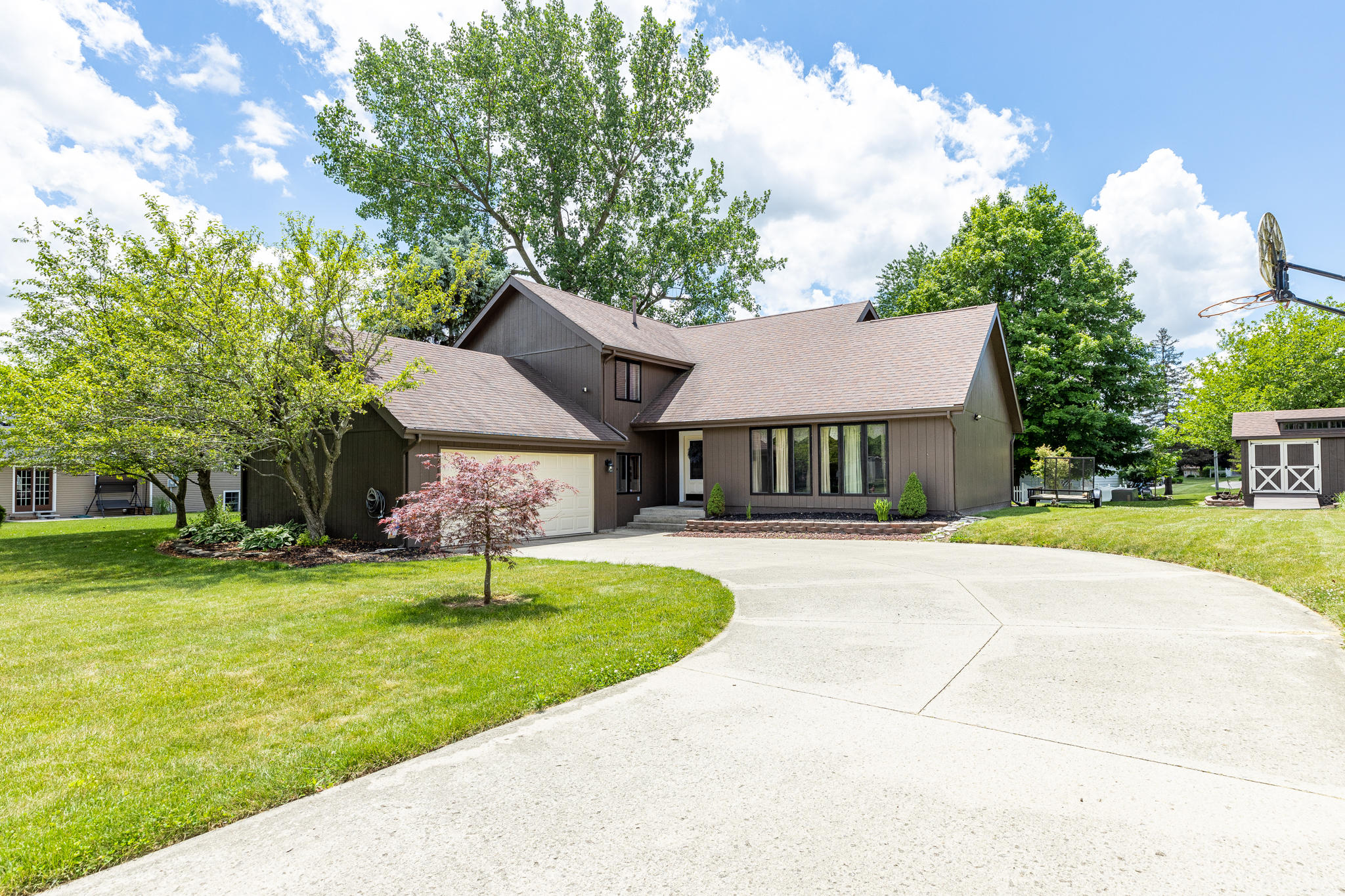 505 Oakwood Dr Bellefontaine, OH