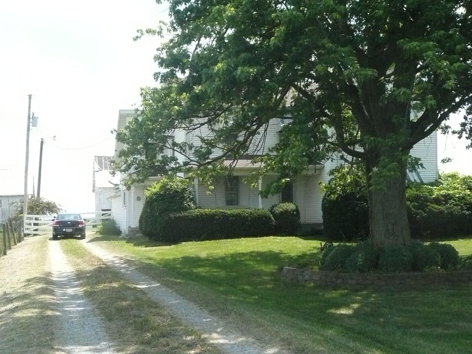 Photo 2 for 300 N County Road 25A Rd Piqua, OH 45356
