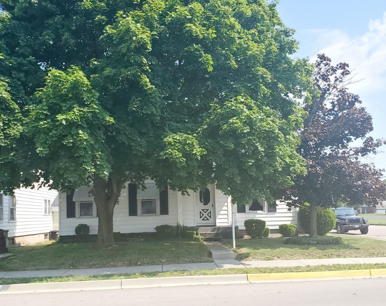 218 E Monument St Pleasant Hill, OH