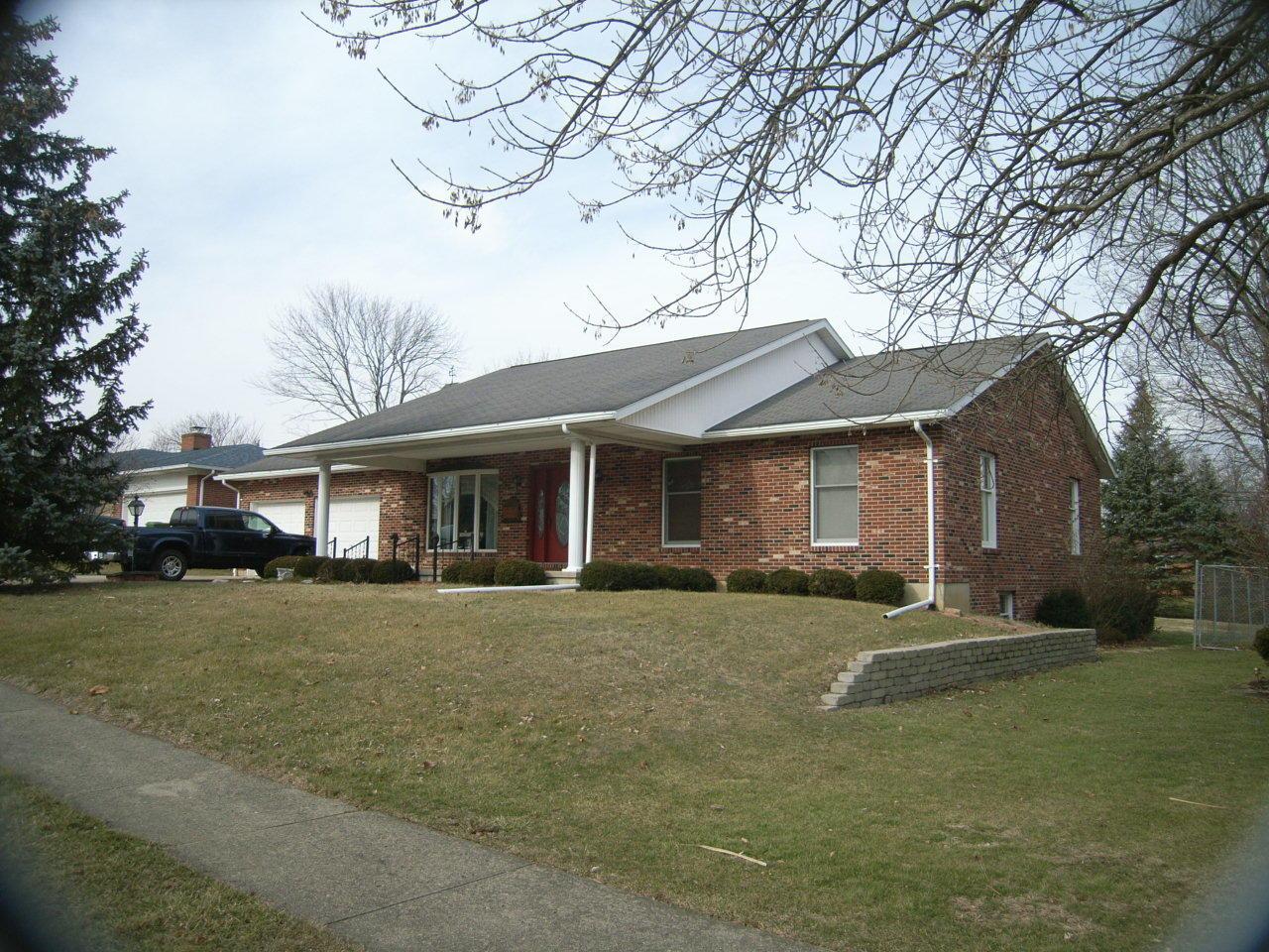416 E Edgewood St Sidney, OH