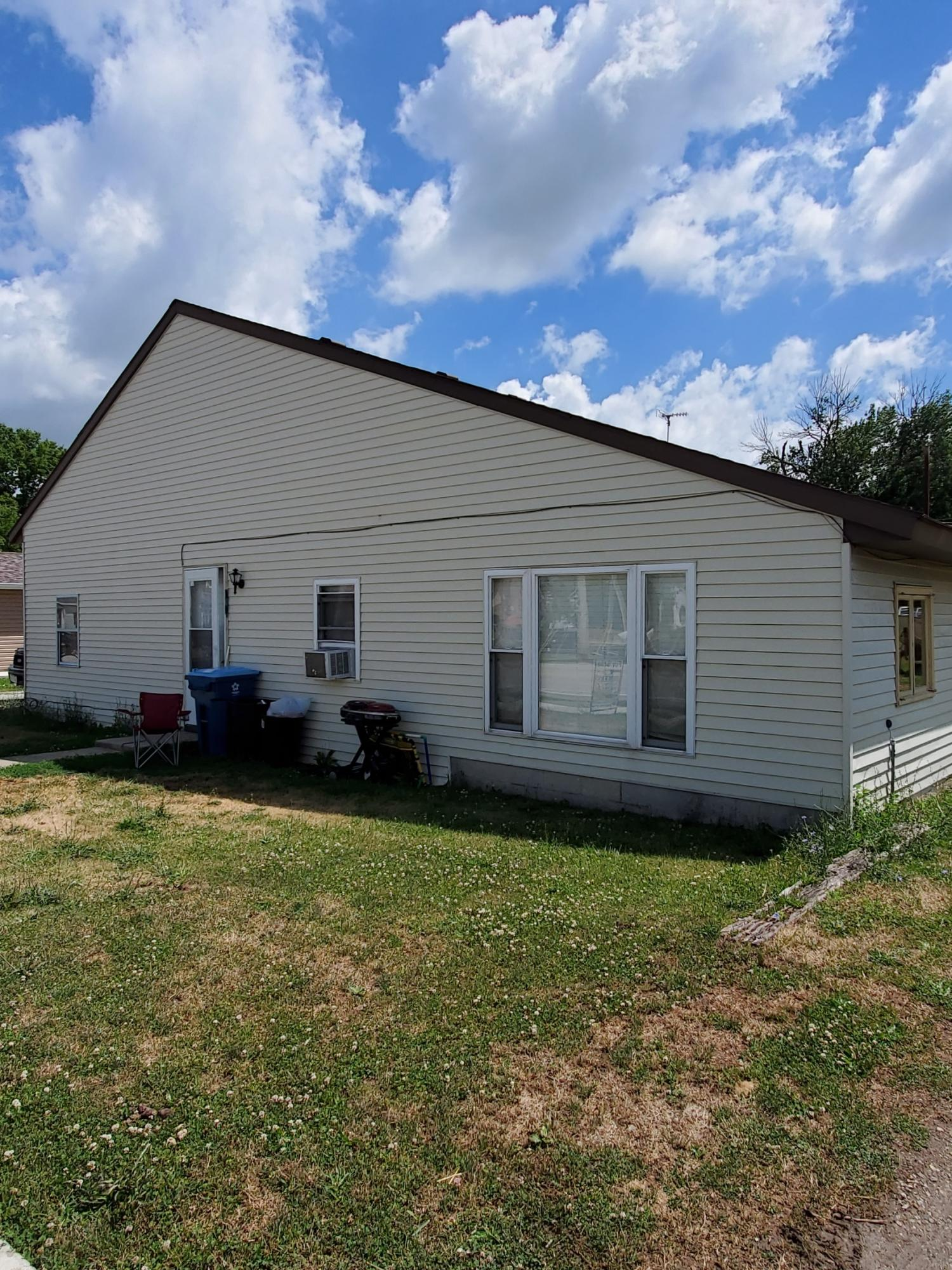 106 S Pike St Anna, OH